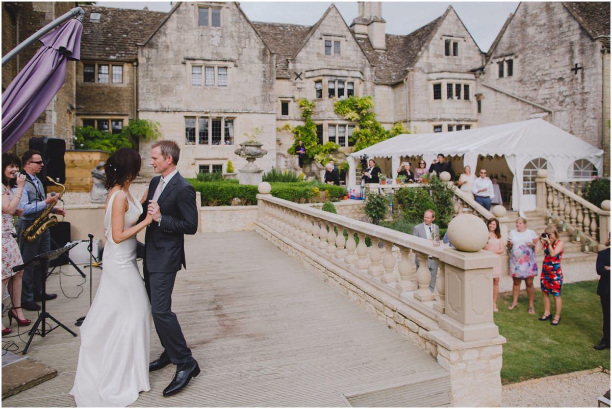courthouse manor wedding photographer